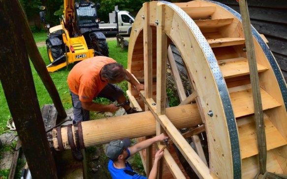 Die Hornschmied Mühle in Miesenbach läuft wieder