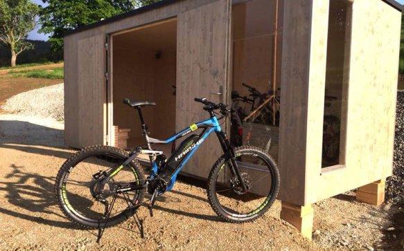 Jetzt gehts los: Top-E-Mountainbikes mieten