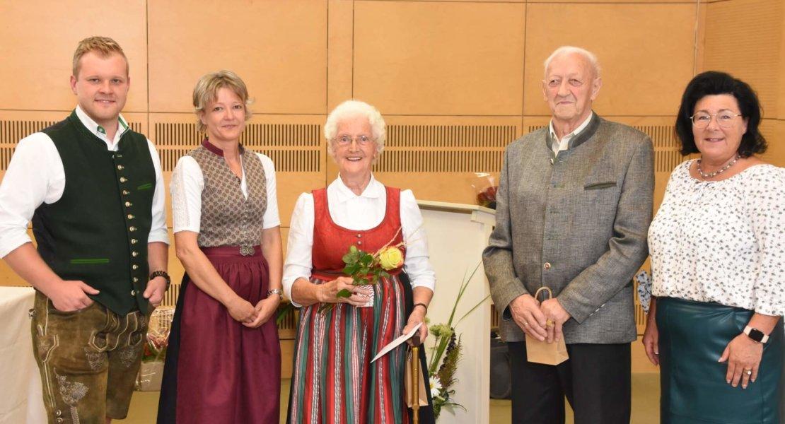 Die Gemeinde Miesenbach gratuliert