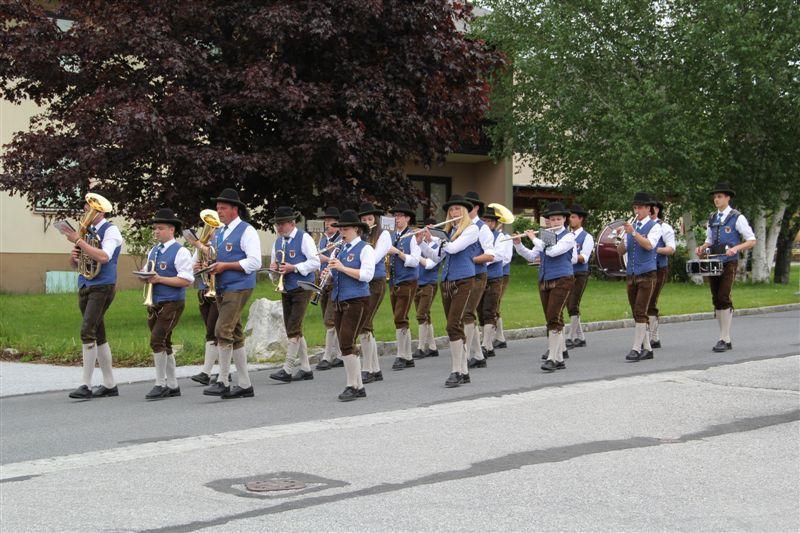 Musikverein Miesenbach marschiert auf